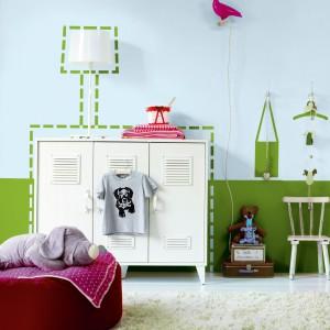 Wykorzystując farbę i specjalne szablony malarskie można stworzyć na ścianie oryginalne dekoracje. Farba dostępna w ofercie marki Dulux. Fot. Dulux.