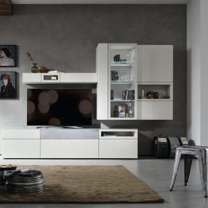 Białe meble z kolekcji Neo marki Hulsta doskonale sprawdzą się w szarych wnętrzach. Fot. Hulsta.