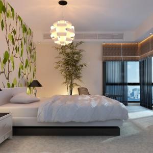 Biała tapeta z graficznym motywem drzew to znakomita propozycja do jasnej, nowoczesnej sypialni. Fot. Minka.