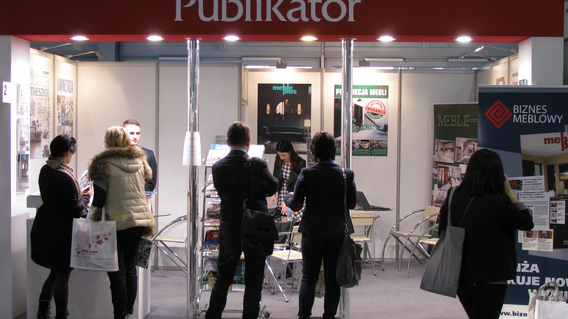 Stoisko wydawnictwa Publikator na Targach Meble Polska 2015, pawilon 6A. Fot. Piotr Sawczuk