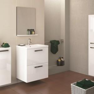 Meble Melar firmy Cersanit o prostej, geometrycznej formie to uniwersalne rozwiązanie do łazienki w każdym stylu. Fot. Cersanit.