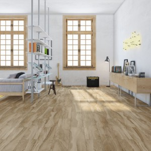 Płytki Cathay z serii Natural marki Aparici, powstały z inspiracji pięknym usłojeniem drewna. Takie wykończenie nada wnętrzu przytulny, a zarazem elegancki wygląd. Fot. Aparici.