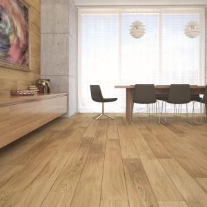 Deski podłogowe marki Barlinek z linii Pure w kolorze dąb azur. Znakomicie prezentują się nie tylko na podłodze, ale także na ścianie. Wymiary: 180x2200x14 mm. Fot. Barlinek.