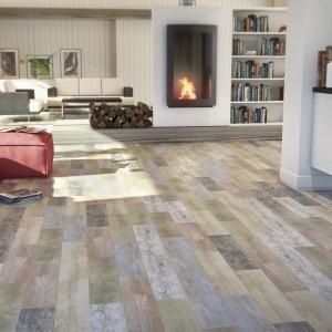 Płytki z kolekcji Carpatos Mix Color marki Bestile, zmienią podłogę w imponującą mozaikę inspirowaną kolorami drewna. Fot. Bestile.