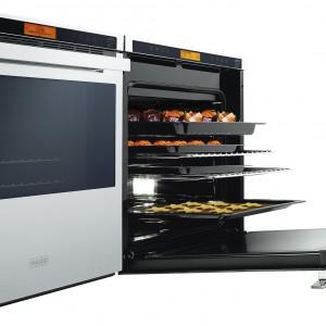 Piekarnik myMenu Crystal Steel CS my912 M XS DCT 60+ z innowacyjnym energooszczędnym systemem grzania DCT (Dynamic Cooking Technology), w którym jednocześnie można przygotowywać 4 różne potrawy bez przenikania smaków i zapachów. Cena: 5.999 zł. Fot. Franke.