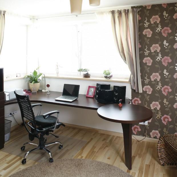 Piękny pokój nastolatki. Tak urządzisz wnętrze w stylu romantycznym