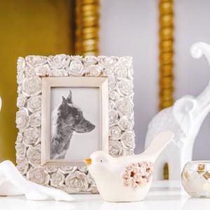 Figurka baletnicy, słoń na szczęście czy słodki ptaszek to śliczne bibeloty, które ucieszą niejedną amatorkę podobnych dekoracji do domu. Ozdoby z oferty Home&You. Fot. Home&You.