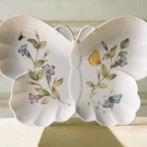 Talerz Motyl z kolekcji Lenox od marki Rosenthal to sposób na pięknie podane danie lub po prostu oryginalna dekoracja jadalni. Fot. Rosenthal.