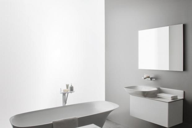 Nowa kolekcja charakteryzuje się prostymi kształtami, funkcjonalnością oraz architektonicznym podejściem. Marka do współpracy zaprosiła dwóch znanych projektantów: Konstantina Grgic'a oraz Toan'a Nguyen'a.