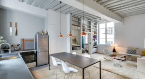 Choć architekt Tatiana Nicol zajęła się wszystkim - od stolarki otworowej, po wykonane na zamówienie meble, mieszkanie zostało stworzone z myślą o potrzebach właściciela - mężczyzny, będącego singlem.