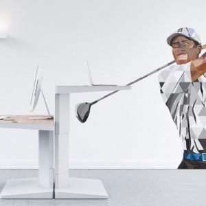 Fototapeta Tiger Woods marki Myloview to jedna z propozycji tworzących kolekcję Sport Stars. Graficzny design znakomicie skomponuje się z nowoczesną aranżacją. Fot. Myloview.