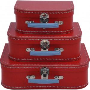 Jak to na Londyn przystało, w aranżacji nie mogło zabraknąć również czerwonych akcentów. jednym z nich są dekoracyjne walizeczki marki Kids Town. Fot. Pinio.