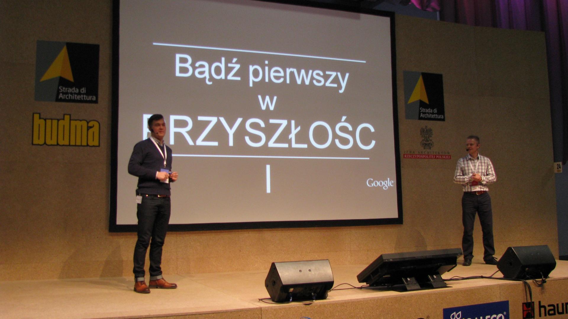 Piotr Hurnik oraz Robert Rydz-Mościcki podkreślali jak ważna jest rola internetu w życiu przedsiębiorców każdej profesji, oraz wykorzystanie go do celów reklamowych i promocyjnych. Fot. Piotr Sawczuk