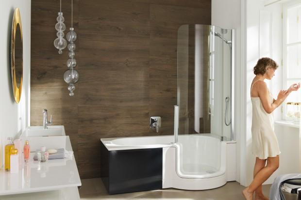Do małych łazienek: 15 modeli parawanów nawannowych