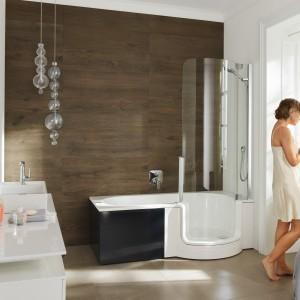 Twinline1 Artweger to rozwiązanie dwa w jednym: połączenie wanny i kabiny prysznicowej. Fot. Artweger.