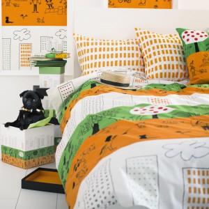 Komplet pościeli ÖNSKEDRÖM to energetyczna mieszkanka trzech kolorów: białego, zielonego i pomarańczowego. Fot. IKEA.