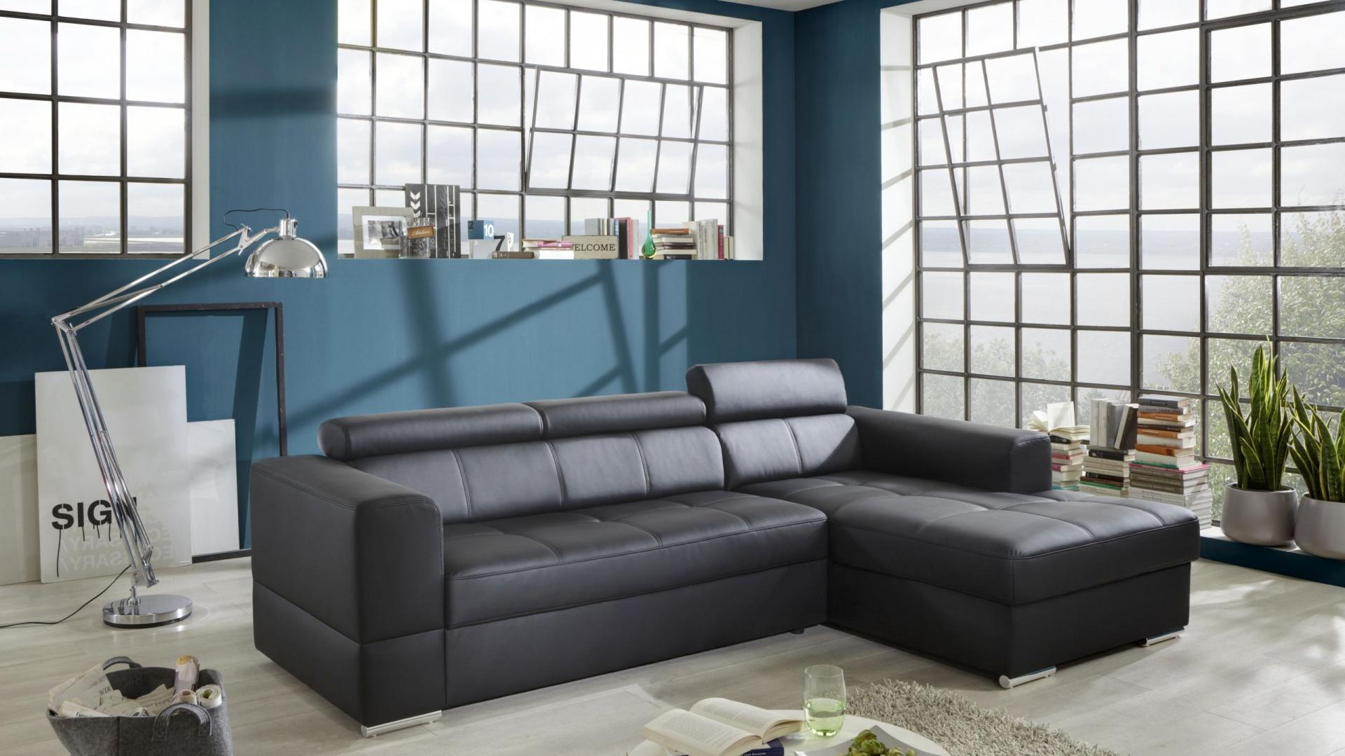 Sofa W Salonie Nowoczesne Meble W Uniwersalnych Kolorach