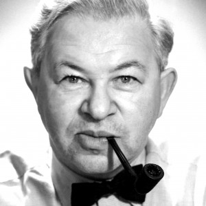 Arne Jacobsen to jeden z czołowych duńskich architektów XX wieku, uznawany za ojca duńskiego wzornictwa.