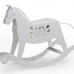 Lampa PaTaTaj to design z przymrużeniem oka i wspomnienie dzieciństwa w folkowym stylu. Fot. Laskowscy Design/www.laskowscydesign.pl.