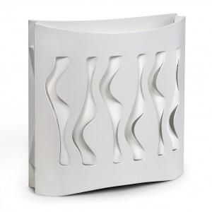 Wśród projektów pracowni są też produkty o bardziej nowoczesnej formie. Tutaj lampa stołowa Decorativ Wave o prostym, eleganckim kształcie. Fot. Laskowscy Design/www.laskowscydesign.pl.
