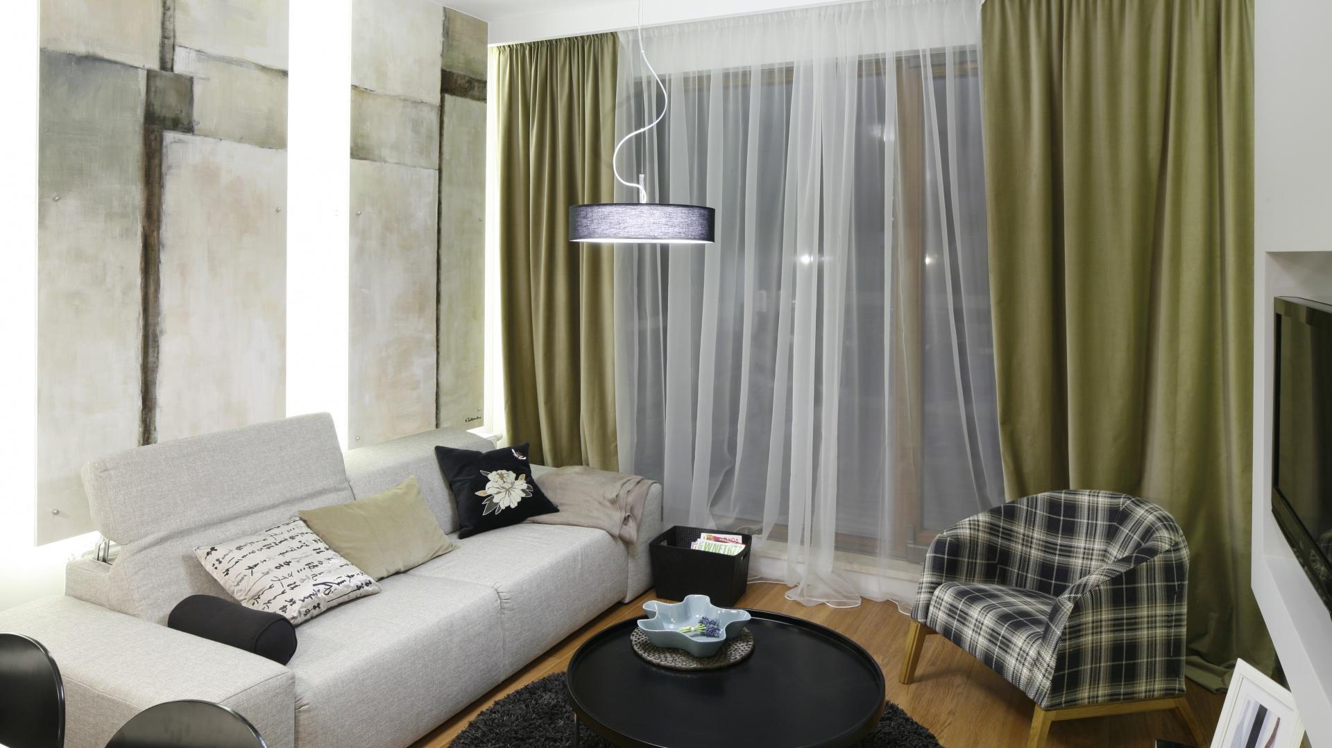 Pokój dzienny tworzy całość...  Mały salon w bloku. 15 propozycji aranżacji  Strona: 9