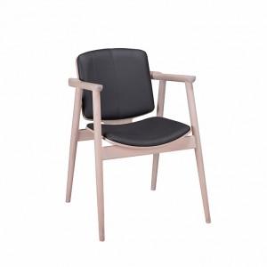 Dobry projekt odznacza się precyzją wykonania. Na zdjęciu: fotel Proop zaprojektowany dla marki Paged, jego autorem jest Nikodema Szpunara.