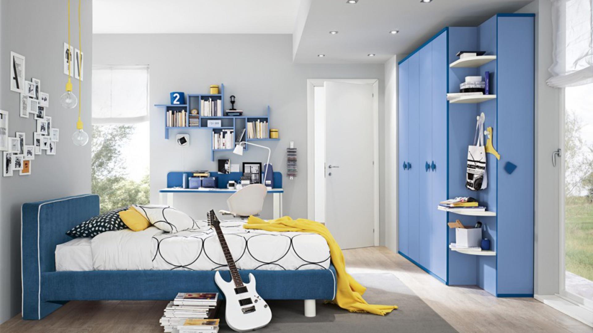 ee0f610b1ae081 Zobacz galerię [13 zdjęć]. Meble w niebieskim kolorze ...