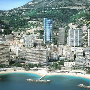 Wieżowiec jest najwyższym mieszkaniowym budynkiem w Monaco i jednym z najwyższych w Europie. Fot. Marzocco Group.