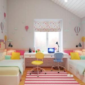 W pokoju dziewczynek dominują typowo dziewczęce, radosne kolory. Dominuje róż, ożywiony żółcią i różnymi odcieniami błękitu. Projekt i wizualizacje: Studio projektowe Geometrium.