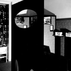 Archiwalne zdjęcie przedstawiające produkty marki Braun nagrodzone za wzornictwo w 1955 roku. Fot. Historisches Archiv Krupp, Essen.