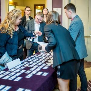 Rejestracja gości Forum Branży Łazienkowej. W tegorocznej edycji wzięło udział blisko 200 osób.
