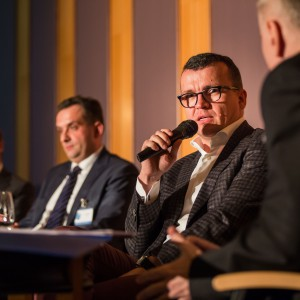 Mimo że dyskusja oscylowała głównie wokół eksportu na rynki wschodnie, Tomasz Defratyka wskazywał na konkurencyjność polskich produktów na rynkach zachodnich.