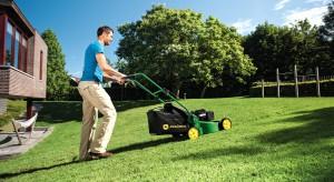 Kosiarki, sekatory, podkaszarki. To narzędzia, który przydadzą się w każdym ogrodzie.