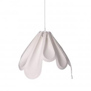 Zaprojektowana przez MOWO Studio delikatna i bardzo oryginalna lampa Beza, pokazana została we Włoszech przez firmę Loftlight. Fot. Loftlight.