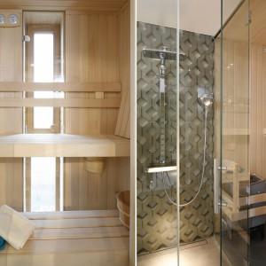 Z sauny można bezpośrednio przejść do strefy prysznica. Tutaj ścianę wykończono ażurowym betonowym panelem, harmonizującym z powierzchnią za wezgłowiem łóżka w sypialni. Surowy beton i ciepłe drewno tworzą interesujący kontrast materiałów. Projekt: Monika i Adam Bronikowscy. Fot. Bartosz Jarosz.