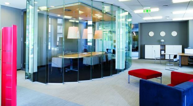 Wpływ otoczenia na efektywność pracy - zobacz super biura