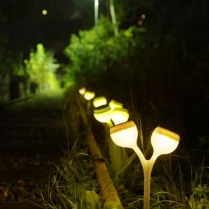 Lampa Solvinden zasilana jest panelem słonecznym, dzięki czemu pozwoli nam oszczędzać energię. Dostępna w dwóch kolorach: białym i zielonym. Do kupienia w sieci sklepów IKEA. Fot. IKEA.