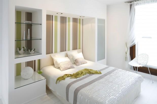 Biała sypialnia. Tak ożywisz ją kolorem