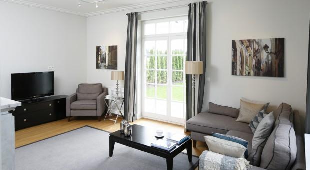 Dom pod Warszawą w klasycznym stylu