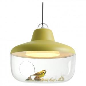 Lampa wisząca z kolekcji Favourite Things w żółto-musztardowym kolorze. Fot. Eno Studio.