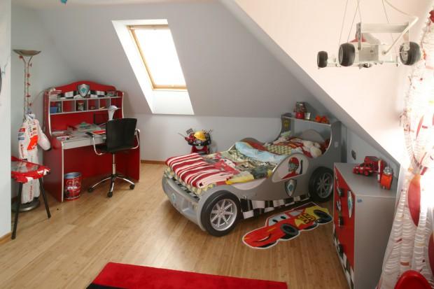Pokój chłopca. Samochodowe wnętrze z pomysłem