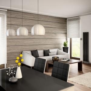 Forniry, czyli bardzo cienkie warstwy drewna naklejane na sklejkę to nowy sposób na zastosowanie drewna na ścianach. Są bardzo funkcjonalne. W przeciwieństwie do litego drewna można tworzyć z nich wielkoformatowe elementy i pokrywać duże płaszczyzny ścian. Cena: ok. 147-230 zł/m². Fot. Koop.