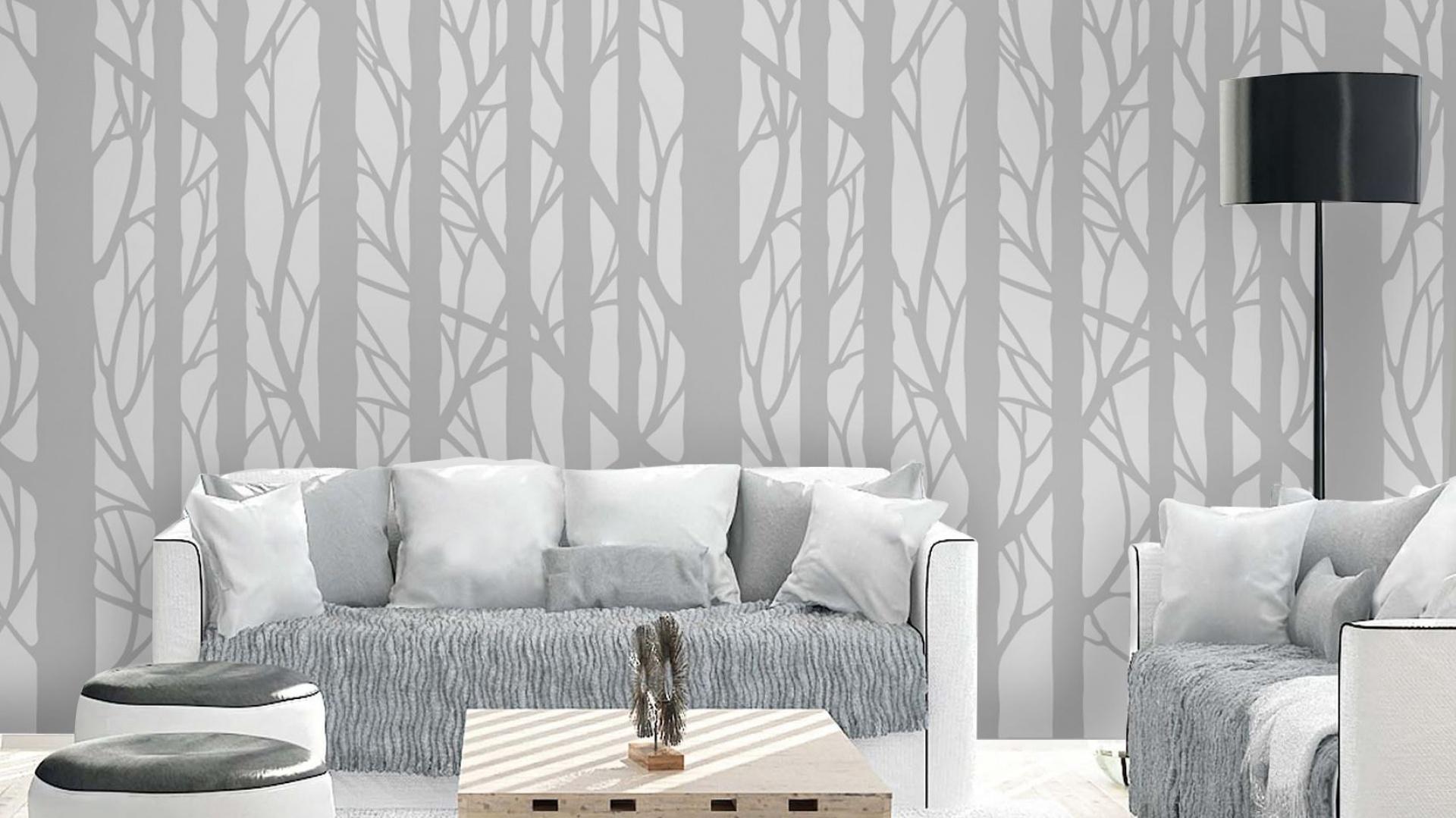 Tapetę Graphic Tree zdobią graficzne, uproszczone wzory przedstawiające drzewa i gałęzie. Przepięknie wyglądają na ścianach, ponieważ tworzą wrażenie cienia rzucanego przez drzewa za oknem. Fot. Wallstory.