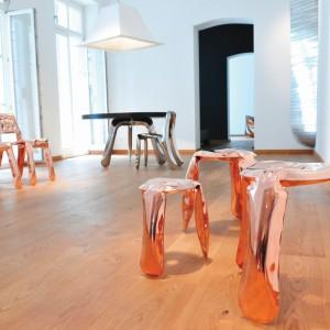 Rodzina stołków Plopp, która składa się z: Ploppa Mini, Ploppa Standard, Ploppa Kuchennego oraz nowego Ploppa Barowego. Projekt: Zieta Prozessdesign. Fot. Zieta Prozessdesign.