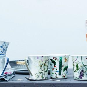 Kolekcja kwiatowych kubków Belles Fleurs, marki Rosenthal dostępnych w wielu kolorach pozwoli trafić w gust każdej mamy. Fot. Rosenthal.