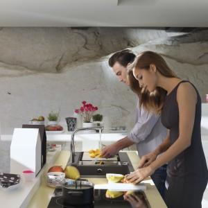 System Autocook, dostępny w wybranych modelach piekarników Franke, pozwala na przygotowanie 50 zdefiniowanych typów potraw z wykorzystaniem różnych kombinacji trybów, czasów i temperatur pieczenia. Fot. Franke.