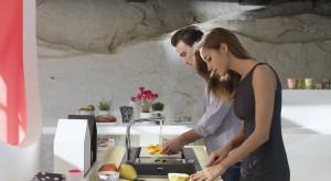 Śniadanie to bez wątpienia najważniejszy posiłek dnia. Prawidłowo skomponowane dodaje energii i siły. Warto, więc zadbać, aby w jego składzie znalazły się węglowodany złożone.