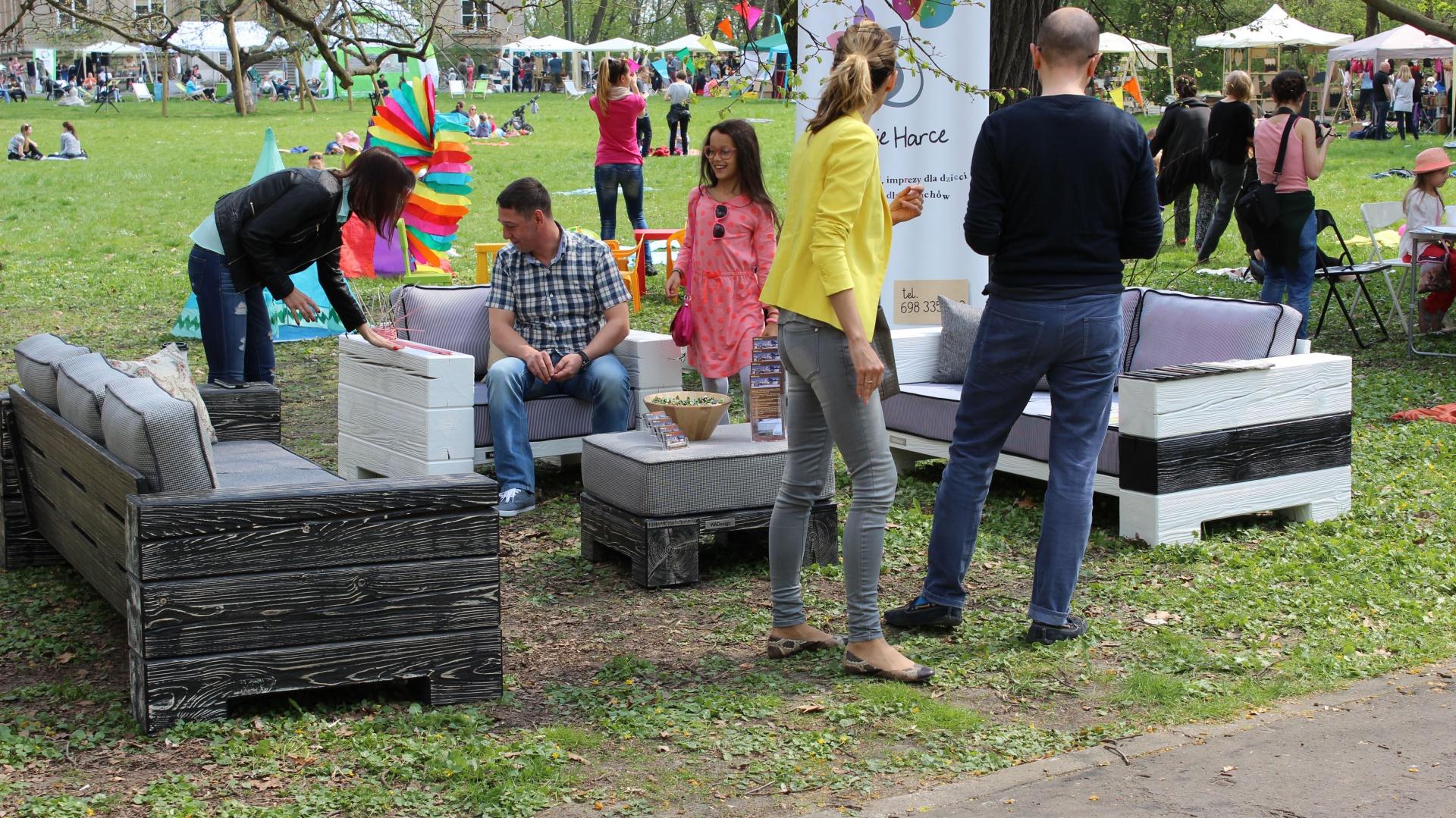 Meble ogrodowe WaDesign prezentowane podczas kwietniowych Targów Wzory w Ogrodzie Fot. Piotr Sawczuk