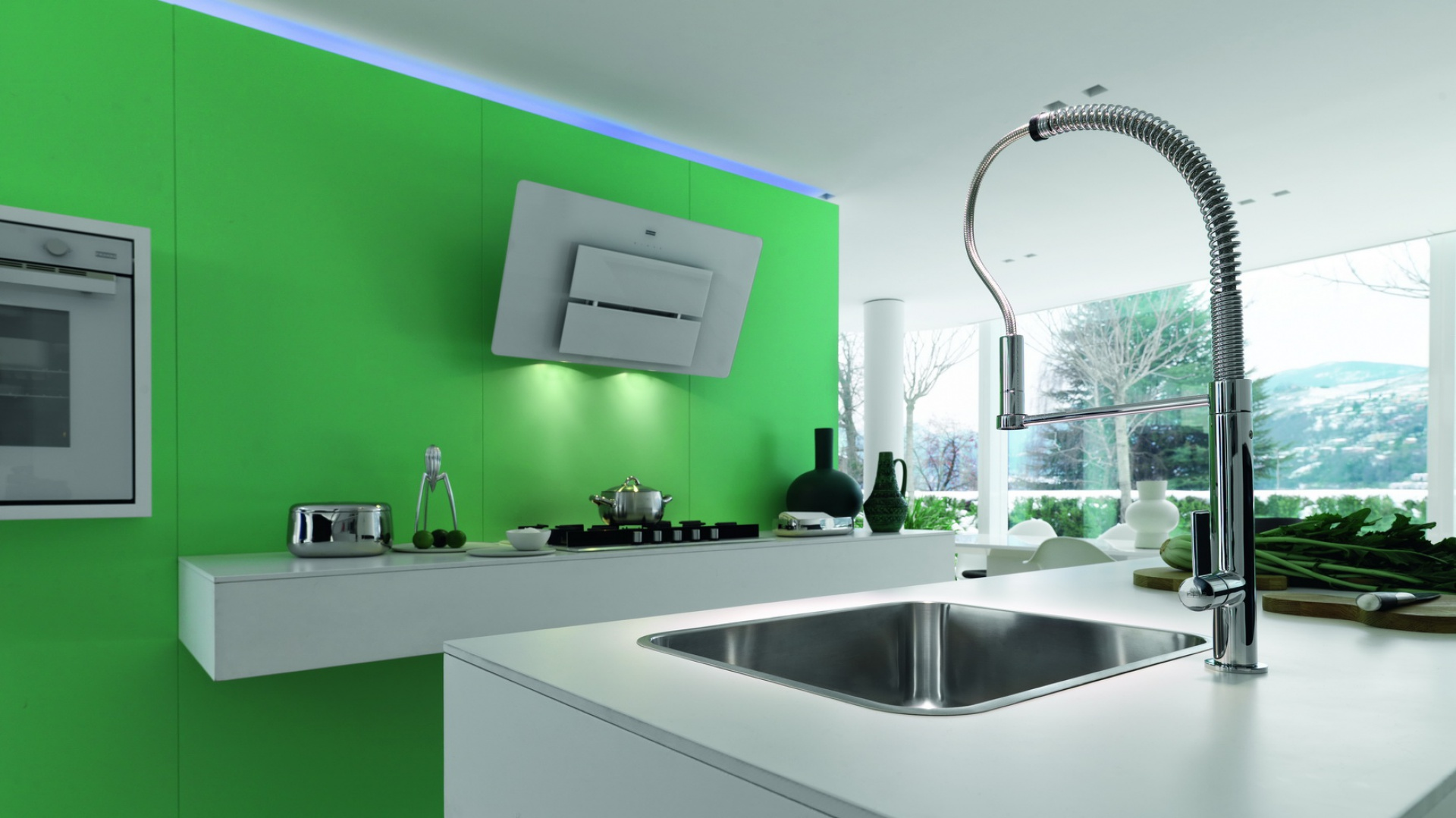 Bateria Masterchef doskonale sprawdzi się w nowoczesnej kuchni. Jest wygodna w użyciu i pięknie wygląda, dzięki czemu stanie się ozdobą każdego wnętrza. Fot. Franke.