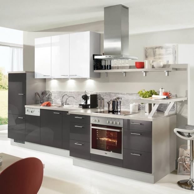 Aneks kuchenny: 20 pomysłów na zabudowę jednorzędową